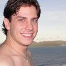 Dr. Aron Fabro (Cirurgião-Dentista)