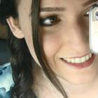 Isabella Queiroz (Estudante de Odontologia)
