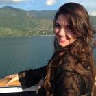 Larissa Giuncanse (Estudante de Odontologia)