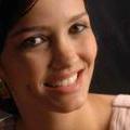 Dra. Alessandra Naves (Cirurgiã-Dentista)