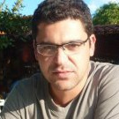 Dr. Giancarlo Duenhas Marretti Alves (Cirurgião-Dentista)