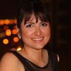 Dra. Bárbara Fuzaro Zambone (Cirurgiã-Dentista)