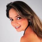 Dra. Lívia Cuadal (Cirurgiã-Dentista)