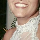 Dra. Izaura Queiroz (Cirurgiã-Dentista)