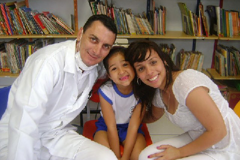 Hoje pela manhã, Educandário de Santos cuidando desses sorrisos lindos! Eu amo Odonto Boa noite