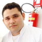 Carlos E. B. Camacho (Estudante de Odontologia)
