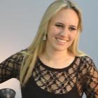 Isabella Thonarqui Kemp (Estudante de Odontologia)