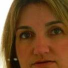 Dra. Tania Lopes (Cirurgiã-Dentista)