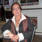 Dra. Ana Maria Burgos dos Santos (Cirurgiã-Dentista)