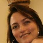 Dra. Adriana Ferreira Pinto (Cirurgiã-Dentista)