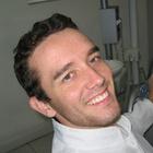 Dr. Douglas Voss (Cirurgião-Dentista)
