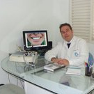 Dr. Alexandre Rayes (Cirurgião-Dentista)