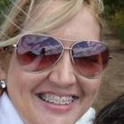 Dra. Ana Rodrigues (Cirurgiã-Dentista)
