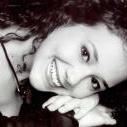 Stefani Guimaraes (Estudante de Odontologia)