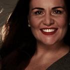 Dra. Nadja Maria Albuquerque Lopes (Cirurgiã-Dentista)