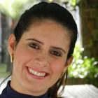 Dra. Ludmilla Freire Lemos (Cirurgiã-Dentista)
