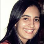 Naty Queiroz (Estudante de Odontologia)