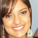 Dra. Mayandra Moreira Bombassaro (Cirurgiã-Dentista)