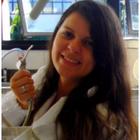 Sinara Carvalho de Pádua (Estudante de Odontologia)