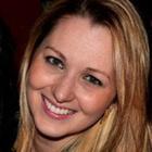 Dra. Luiza Paraboni (Cirurgiã-Dentista)
