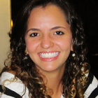 Dra. Marcela Souza Lima (Cirurgiã-Dentista)