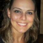 Dra. Adriana Sanders (Cirurgiã-Dentista)