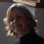 Dra. Marcy Maira Kennerly (Cirurgiã-Dentista)