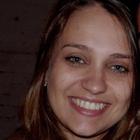 Thaiane Schroeder (Estudante de Odontologia)