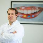 Dr. Clauber Romagnoli (Cirurgião-Dentista)