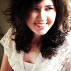Dra. Alessandra Marana Botega (Cirurgiã-Dentista)