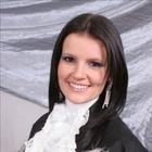 Dra. Ana Paula Becker (Cirurgiã-Dentista)