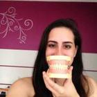 Mariana Veloso de Godoy (Estudante de Odontologia)