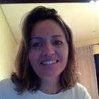 Dra. Simone Fabiani Baeza (Cirurgiã-Dentista)