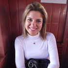 Dra. Renata Bolelli de Rezende (Cirurgiã-Dentista)