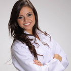 Dra. Andria Milano San Martins (Cirurgiã-Dentista)