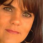 Dra. Larissa Feitosa Fernandes (Cirurgiã-Dentista)