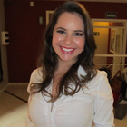 Dra. Lauren Bortoli (Cirurgiã-Dentista)