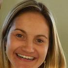 Dra. Giovana Gomes (Cirurgiã-Dentista)