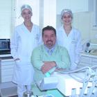 Dr. Walter Tom (Cirurgião-Dentista)