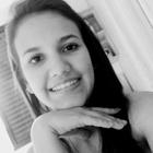 Isabela Oliveira Reis (Estudante de Odontologia)