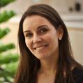 Dra. Débora Duarte Moreira (Cirurgiã-Dentista)
