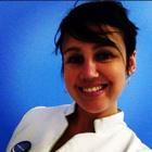Dra. Carolina Rojas (Cirurgiã-Dentista)