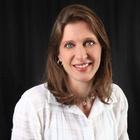 Dra. Stella Maria Ganassim Palhares (Cirurgiã-Dentista)