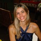Dra. Claudia Fonzar (Cirurgiã-Dentista)