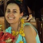 Dra. Lara Cristina de Souza Leão Caixeta (Cirurgiã-Dentista)