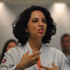Dra. Louise Reis (Cirurgiã-Dentista)