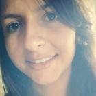 Camila Sari (Estudante de Odontologia)
