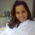 Dra. Renata Francine (Cirurgiã-Dentista)