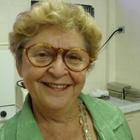Dra. Lya Botler (Cirurgiã-Dentista)