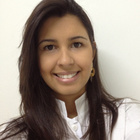 Dra. Caroline Cayres Guimarães (Cirurgiã-Dentista)